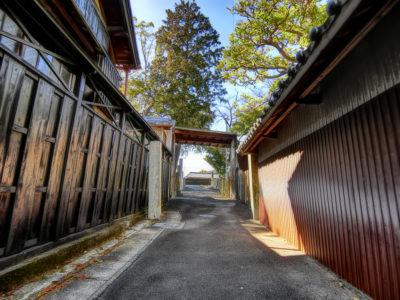 蟹江神明社裏路地